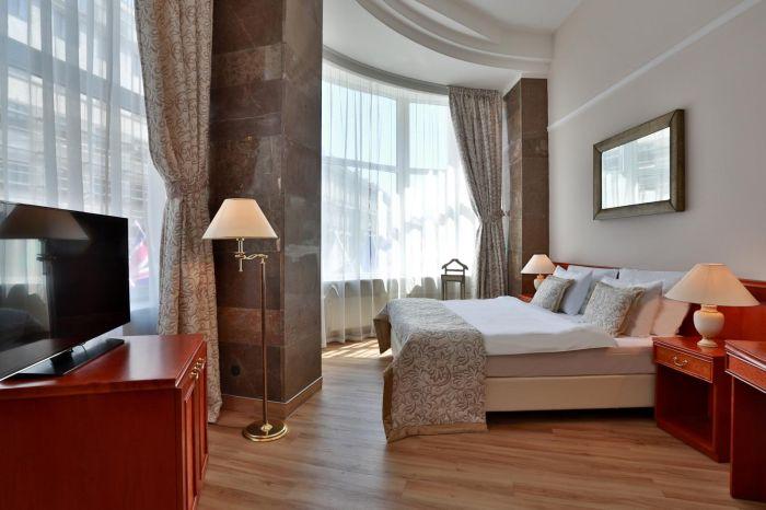 izpravy.com_hotelbelvedereprague_cz_01