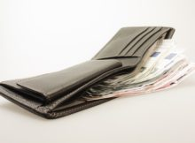 money-494160_640